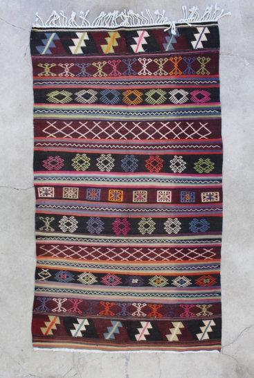 Flot-kelimtaeppe-med-maalene-128-x-237-cm