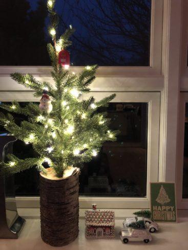 smukt-juletrae-med-lys