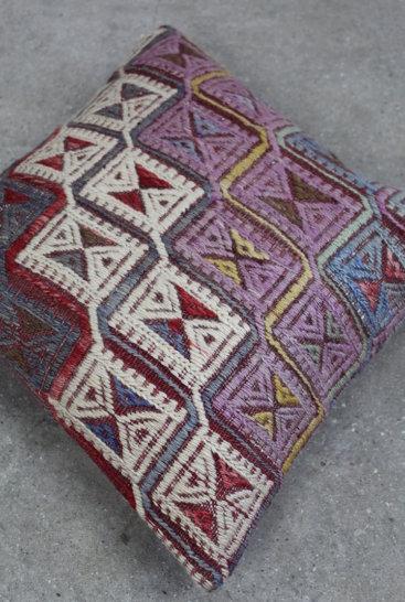 kelimpude-med-smukke-farver-nr-880