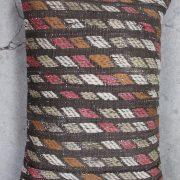 Aflang-kelimpude-i-brune-farver-nr-501