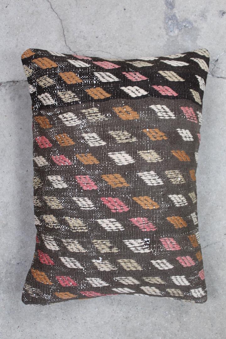 Kelimpude-i-brune-farver-nr-508