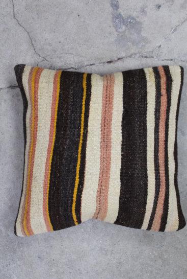 Kelimpude-i-flotte-brune-farver-nr-533