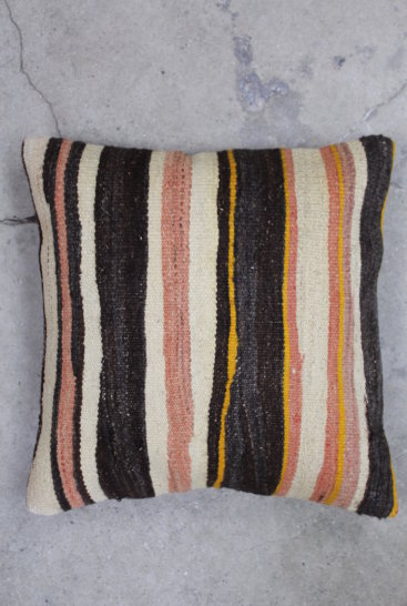 Kelimpude-i-flotte-brune-farver-nr-535