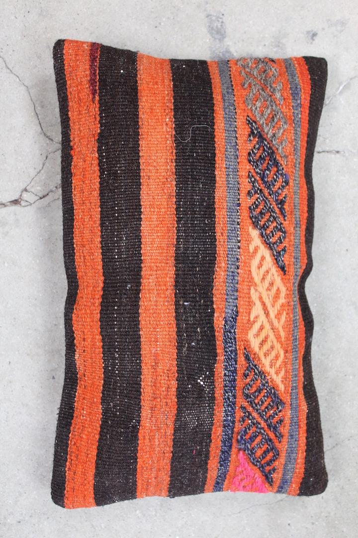 Aflang-kelimpude-i-orange-farver-nr-536