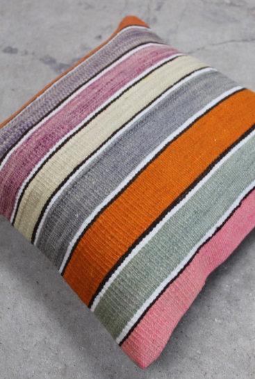 Kelimpude-i-pastelfarver-nr-562