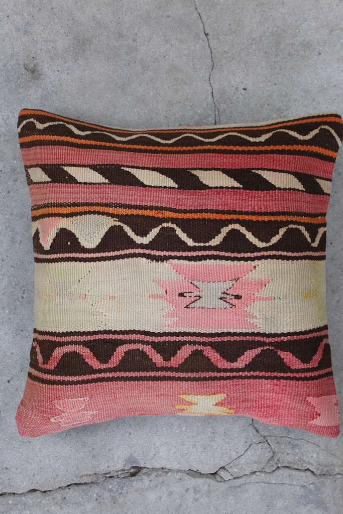 Kelimpude-med-rosa-farver-nr-768