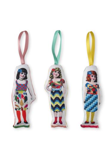 3-dolls