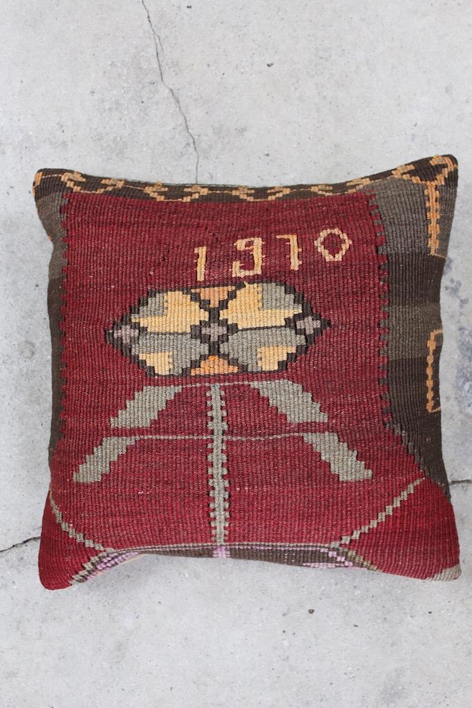 Flot-vinroed-kelimpude-nr-691