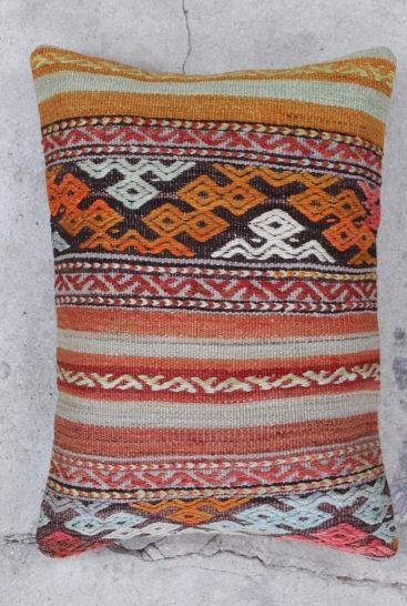 Smuk-kelimpude-med-braendte-farver-nr-717