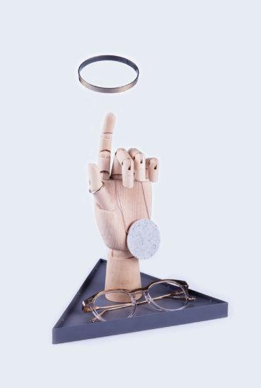 Smykkeholder-hånd-grå