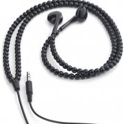 Øretelefoner-med-sorte-perler