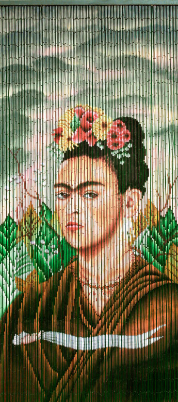 Forhaeng-til-doer-i-bambus-med-Frida-Kahlo