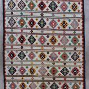 Kelimtaeppe-i-laekre-pastelfarver-str-135-x-197-cm