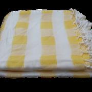 hammam-haandklaede-gul-tern-foldet