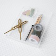 Akrylbakke-i-klar-akryl-fra-House-Doctor