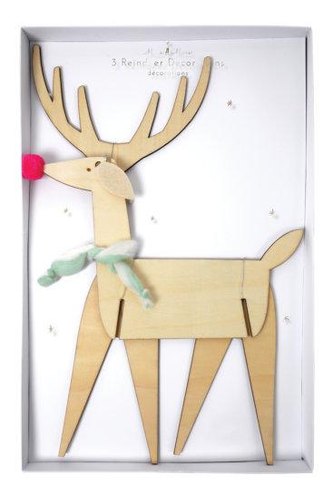 Pakke-med-trae-rensdyr-julepynt