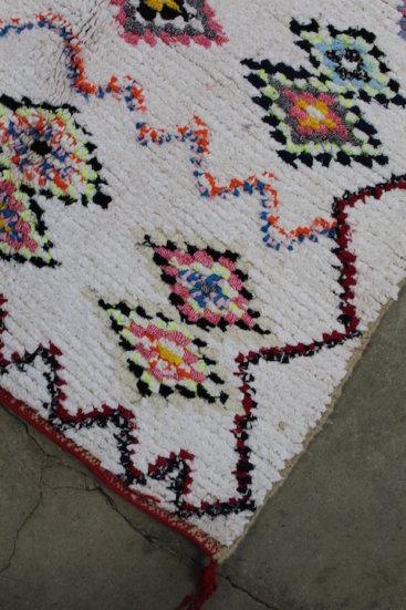 Smukt-Marokkansk-taeppe-i-str-115-x-212-cm