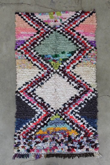 Smukt-Marokkansk-berber-taeppe-i-str-102-x-184-cm