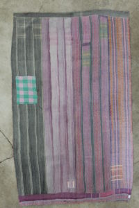 sariplaid-med-smukt-moenster-nr-144-bagside