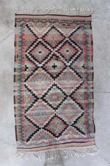 Smukt-kelimtaeppe-i-flotte-farver-str-141-x-269-cm