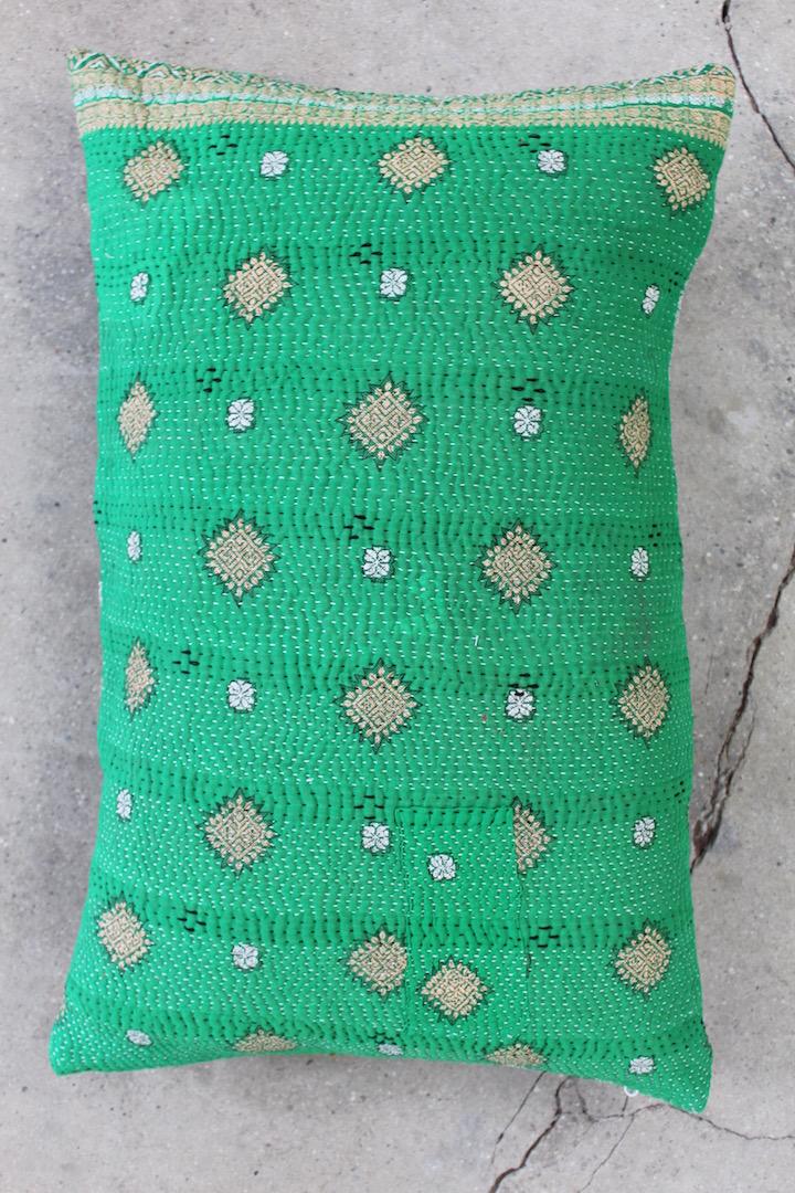 Groen-saripude-40x60-cm-nr-007