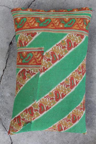 Smuk-aflang-groen-saripude-nr-019