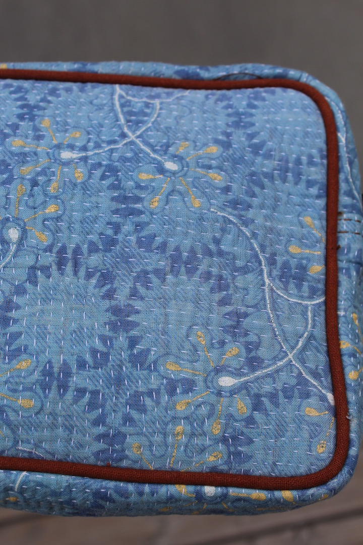 lyseblaa-clutch-syet-af-vintage-sari-plaider-nr-7