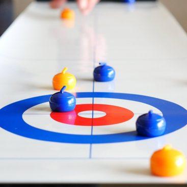 sjovt-curlingspil-til-hele-familien
