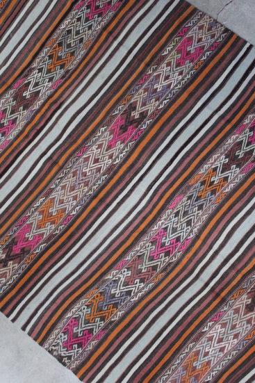 Kelimtaeppe-i-smukke-farver-str-155-x-243