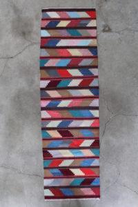 grafisk-kelimloeber-str-87-x-304-cm