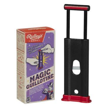 tryllesaet-med-guillotine