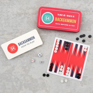 backgammon-i-laekker-rejse-aeske