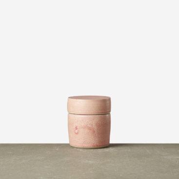Oda-rosa-laagkrukke