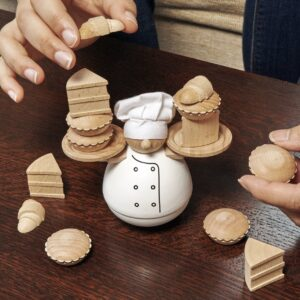 Kikkerland-balance-the-baker