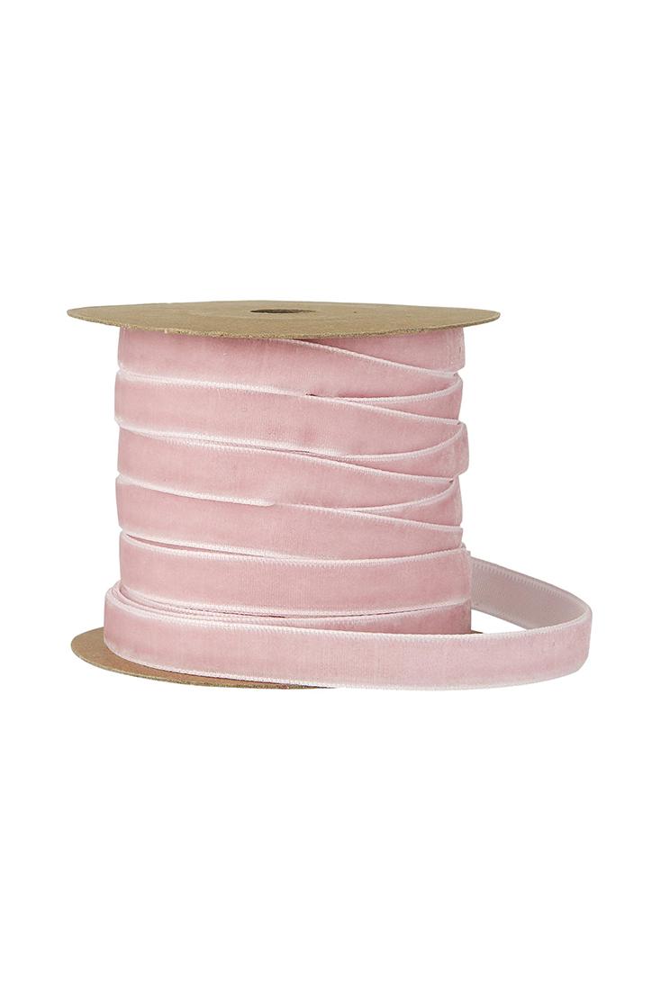 pink-ribbon-1852-07