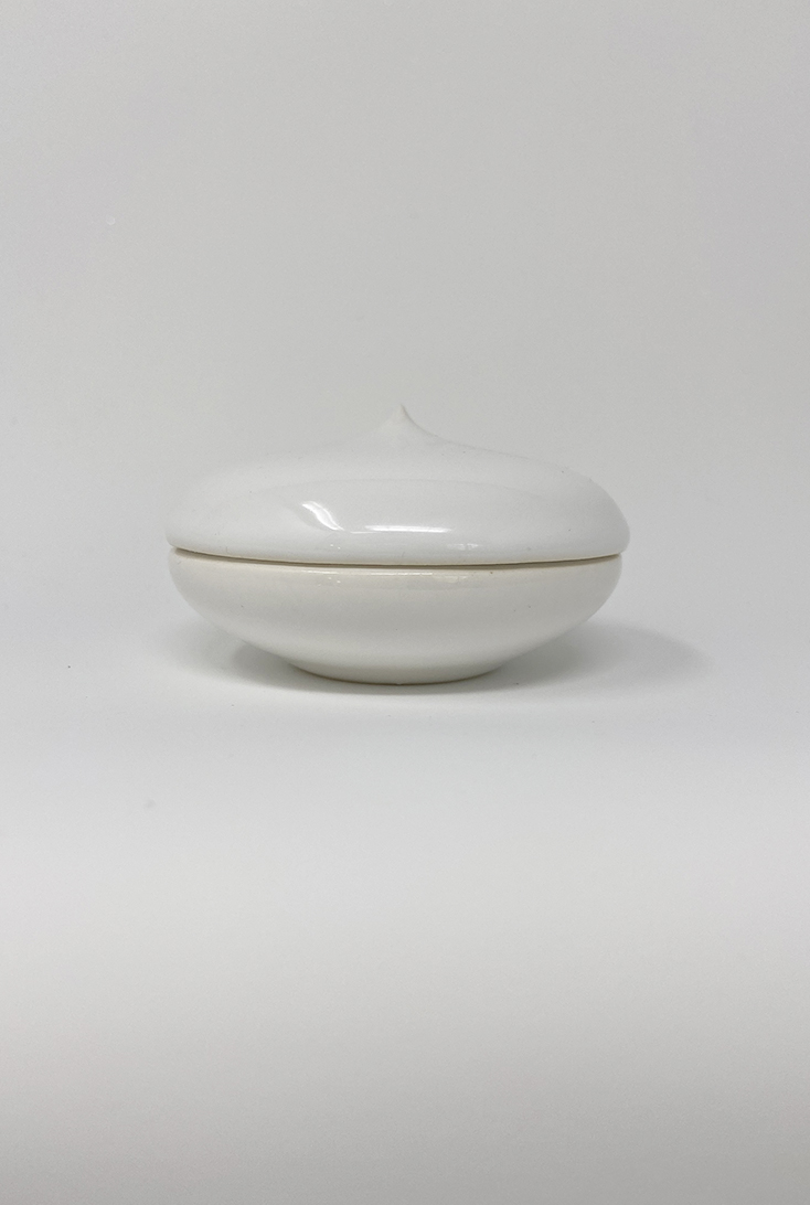blank-hvid-macaron
